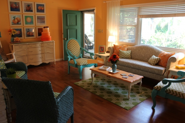 bright cheery living room on a budget homemaker chic