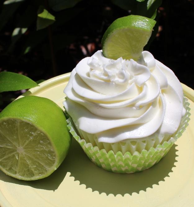 lime-coronarita-margarita-cupcake-tequila